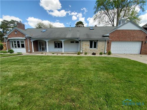 Photo of 654 Miami Manor, Maumee, OH 43537 (MLS # 6070241)