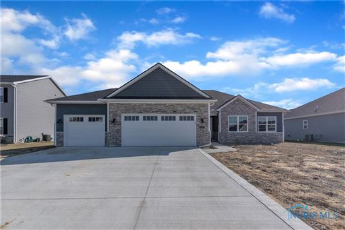 Photo of 4008 Edge View Drive, Oregon, OH 43616 (MLS # 6055274)
