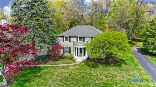Photo of 129 Eagle Point Drive, Rossford, OH 43460 (MLS # 6069296)