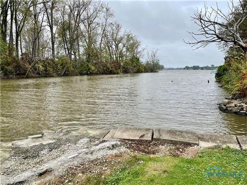 Photo of 2332 Ottawa River Road, Toledo, OH 43611 (MLS # 6078315)