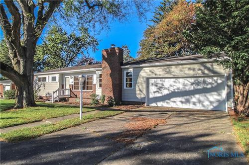 Photo of 1065 Wall Street, Maumee, OH 43537 (MLS # 6078377)