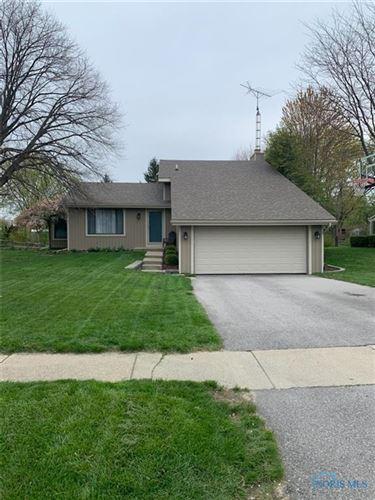 Photo of 5951 Marshwood Drive, Sylvania, OH 43560 (MLS # 6069429)