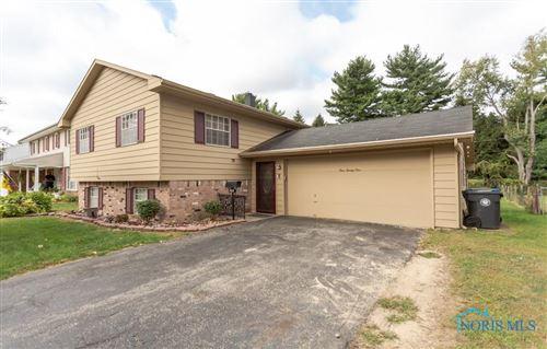 Photo of 425 Torrington Drive, Toledo, OH 43615 (MLS # 6077447)