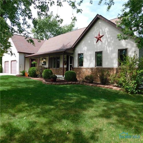 Photo of 206 Hawthorn Drive, Archbold, OH 43502 (MLS # 6054510)