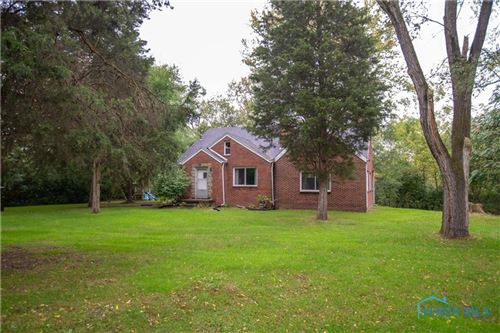 Photo of 7836 Airport Highway, Holland, OH 43528 (MLS # 6078510)