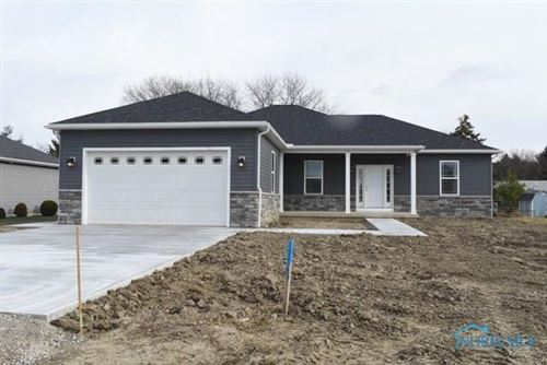 Photo of 800 Barnstable Lane, Bowling Green, OH 43402 (MLS # 6048557)