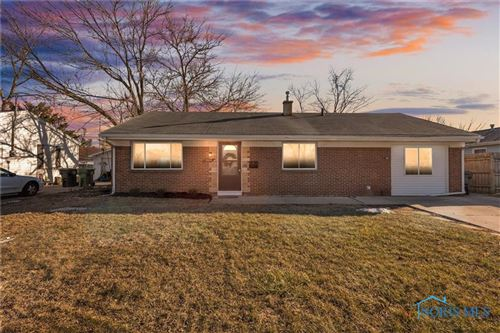 Photo of 1345 Chantilly Drive, Maumee, OH 43537 (MLS # 6066557)