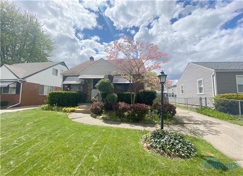 Photo of 5141 Hallgate Avenue, Toledo, OH 43612 (MLS # 6070583)