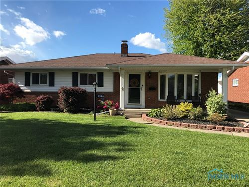 Photo of 3329 S Eastmoreland Drive, Oregon, OH 43616 (MLS # 6066619)