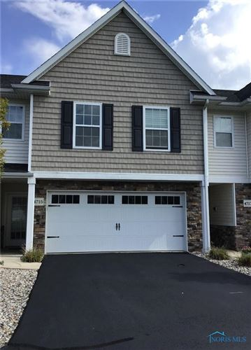 Photo of 4715 Lakeside Drive, Maumee, OH 43537 (MLS # 6077650)