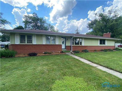 Photo of 806 HAREFOOTE Street, Holland, OH 43528 (MLS # 6077724)