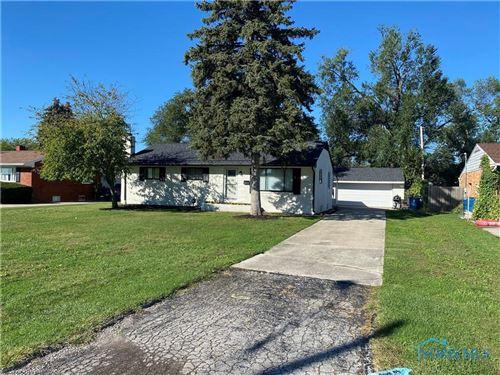 Photo of 106 Tyler Drive, Walbridge, OH 43465 (MLS # 6077797)