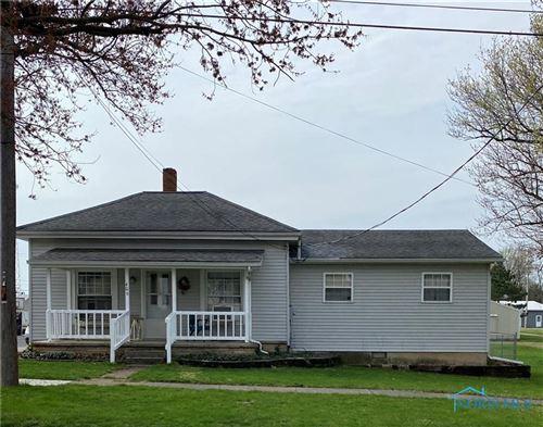 Photo of 406 E Indiana Street, Edon, OH 43518 (MLS # 6068840)