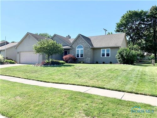 Photo of 27 Hawthorne Drive, Delta, OH 43515 (MLS # 6078867)