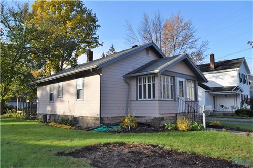 Photo of 618 E Elm Street, Wauseon, OH 43567 (MLS # 6032893)