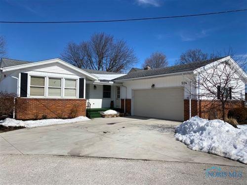 Photo of 524 Glenview Drive, Fostoria, OH 44830 (MLS # 6066918)