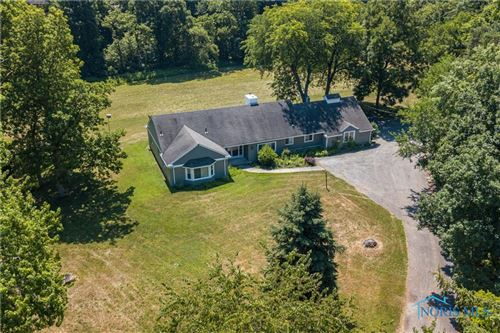 Photo of 6153 Garden Road, Maumee, OH 43537 (MLS # 6049954)