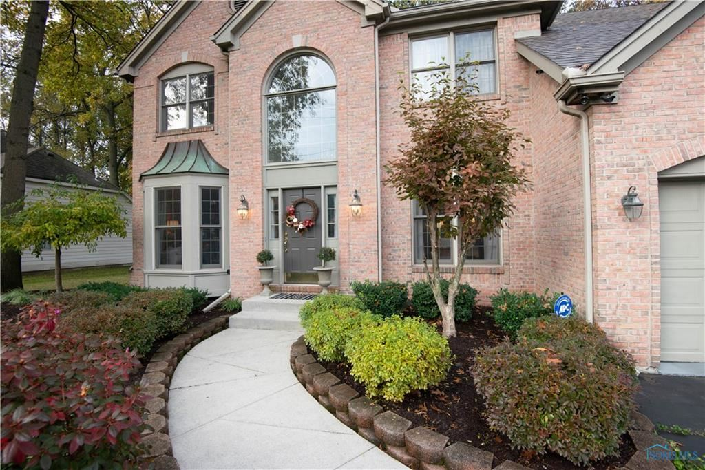 Photo for 410 S Centennial Road, Holland, OH 43528 (MLS # 6037972)