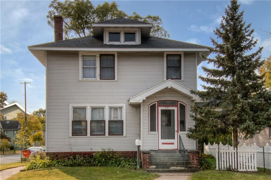 Photo of 721 Main Street, Eau Claire, WI 54701 (MLS # 1547263)