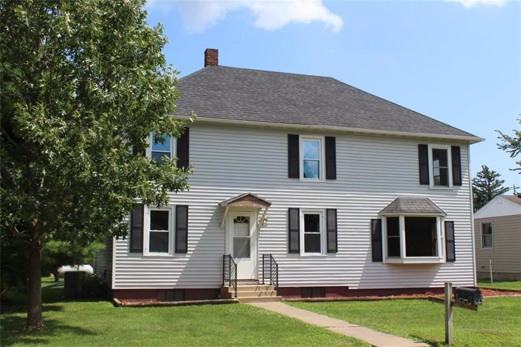 Photo of 104 N 3rd Street, Melrose, WI 54642 (MLS # 1541317)