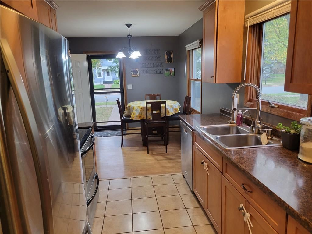 Photo of 1217 Pershing Street, Eau Claire, WI 54703 (MLS # 1559331)