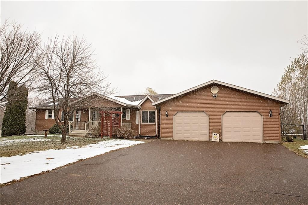 Photo of 1063 40th Street, Eau Claire, WI 54703 (MLS # 1548379)
