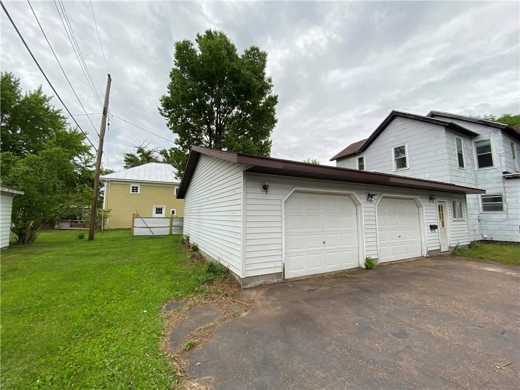 Photo of 428 Dover Street #1 & 2, Chippewa Falls, WI 54729 (MLS # 1543520)