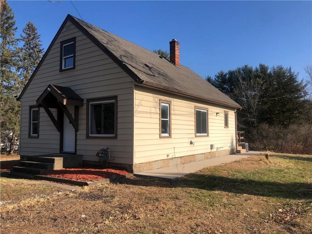 Photo of 1025 McKinley Road, Eau Claire, WI 54703 (MLS # 1548883)