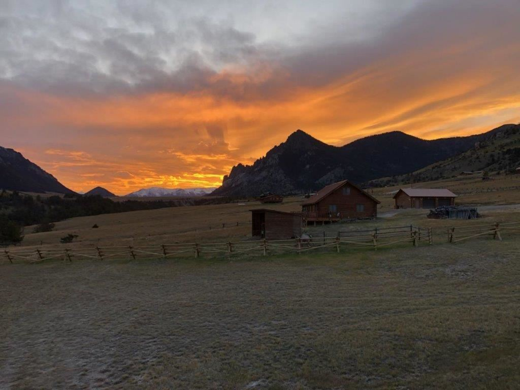 Photo of 92 The Way West Rd, Cody, WY 82414 (MLS # 10017118)