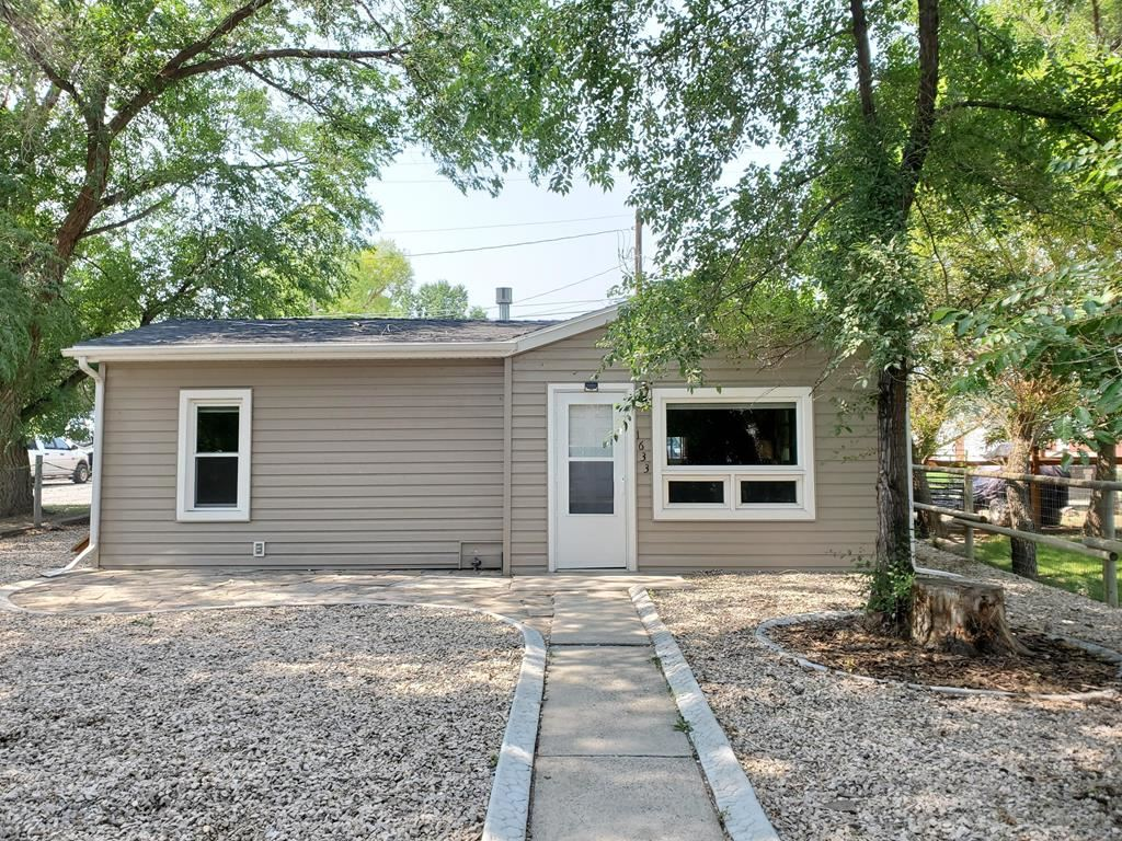 Photo of 1633 19th St, Cody, WY 82414 (MLS # 10017289)