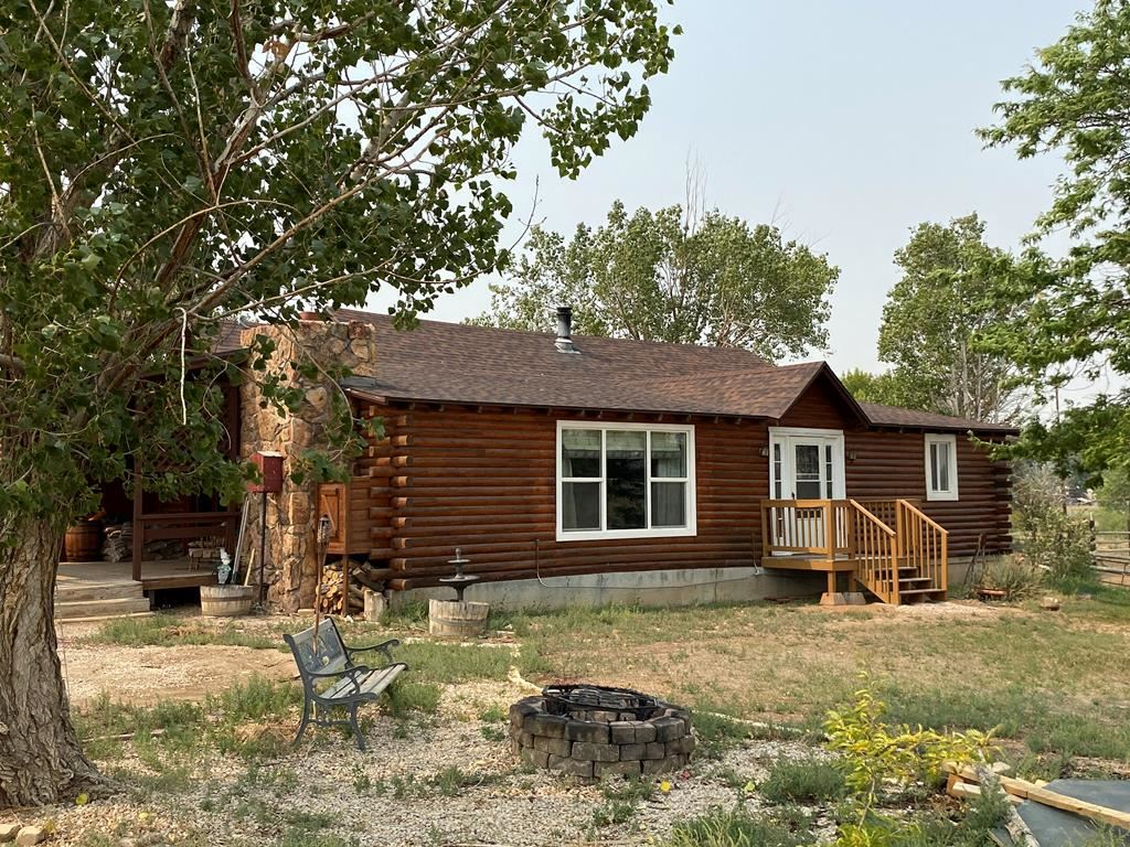 Photo of 68 3rd St E, Cowley, WY 82420 (MLS # 10017303)