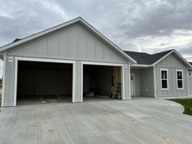 Photo of 50 10th St E #3, Lovell, WY 82431 (MLS # 10017330)