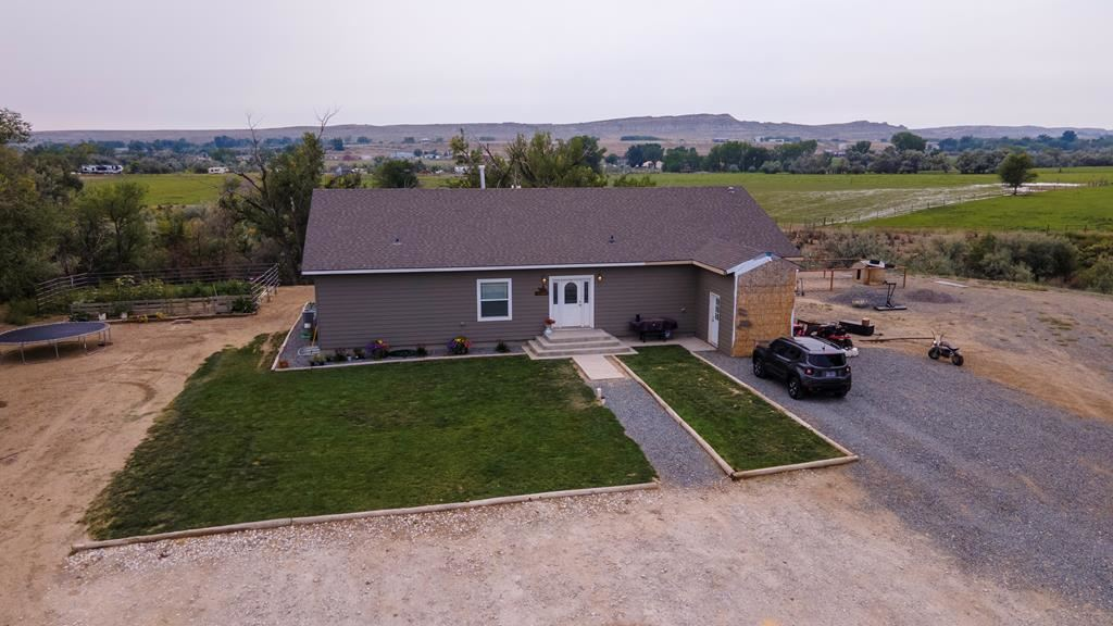 Photo of 200 4th St W, Cowley, WY 82420 (MLS # 10017334)