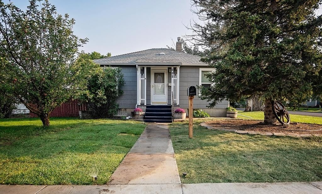 Photo of 596 Avenue A, Powell, WY 82435 (MLS # 10017358)