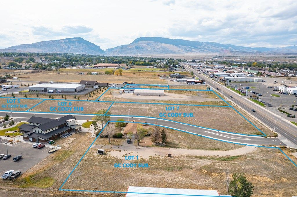 Photo of Lot 5 33rd St, Cody, WY 82414 (MLS # 10017395)