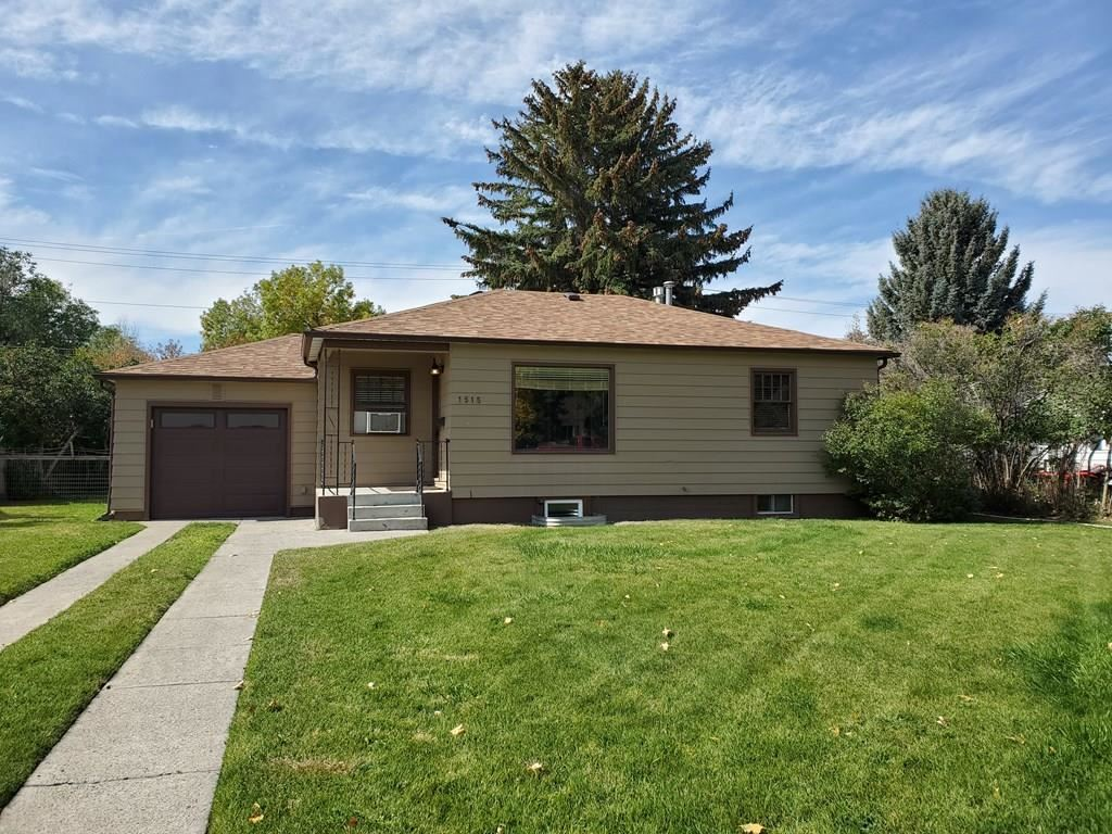 Photo of 1515 20th St, Cody, WY 82414 (MLS # 10017409)