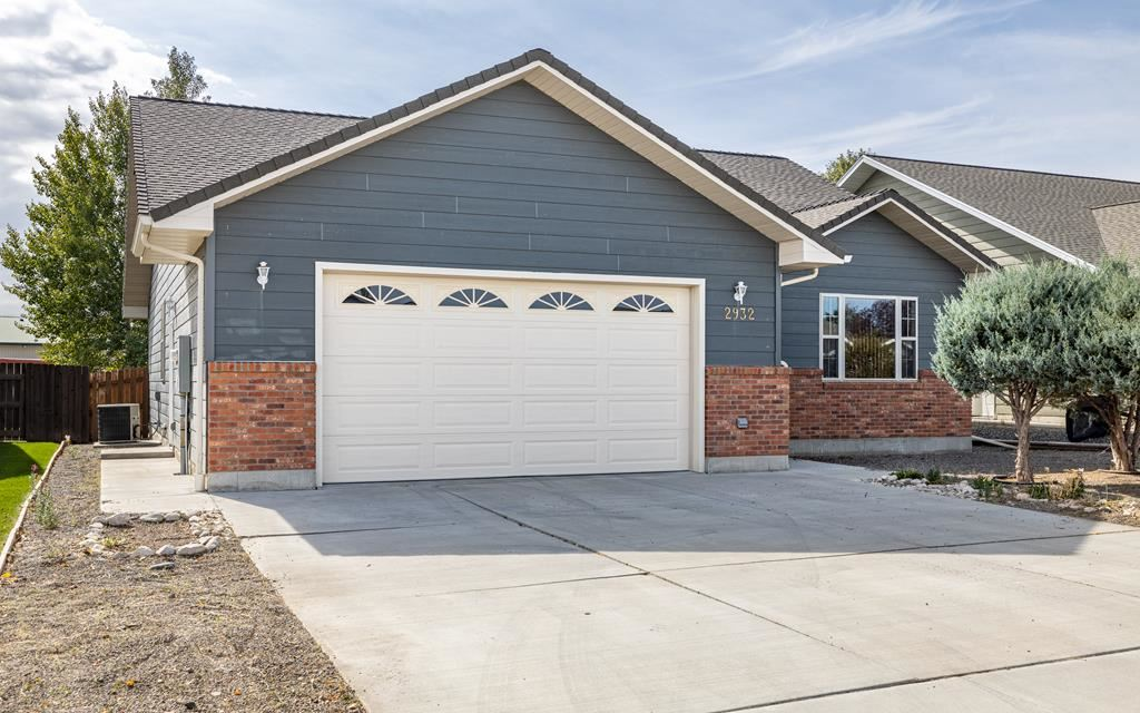 Photo of 2932 Kent Ave, Cody, WY 82414 (MLS # 10017411)