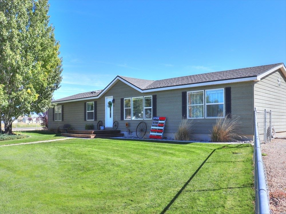 Photo of 81 N 2nd St E #2, Cowley, WY 82420 (MLS # 10017419)