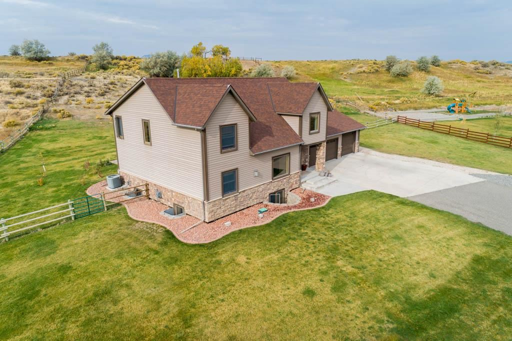 Photo of 27 Justice Ln, Cody, WY 82412 (MLS # 10017441)