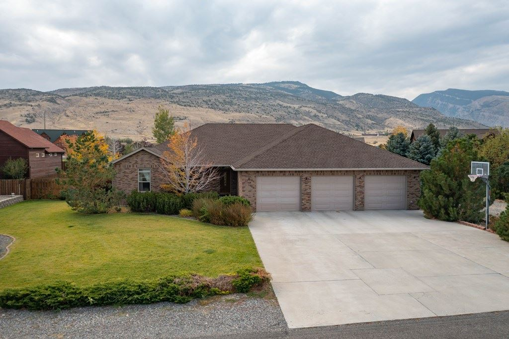 Photo of 169 S Chugwater Dr, Cody, WY 82414 (MLS # 10017444)