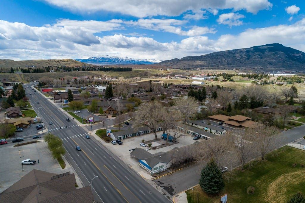 Photo of 1407 8th St, Cody, WY 82414 (MLS # 10016849)