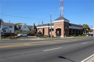 Photo of 406 E Silver Springs Boulevard, Ocala, FL 34471 (MLS # 518255)