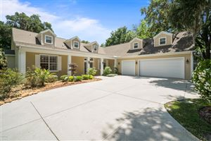 Photo of 10235 SE Sunset Harbor Road, Summerfield, FL 34491 (MLS # 555287)