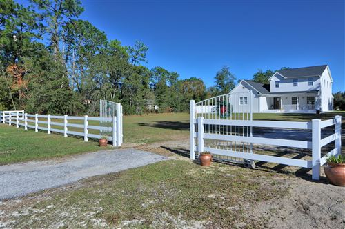 Photo of 16175 SE 91st Court, Summerfield, FL 34491 (MLS # 566986)