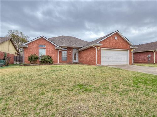 Photo of 2504 Redwood Lane, Edmond, OK 73013 (MLS # 906006)