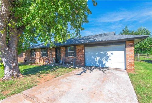 Photo of 436 Crooked Oak Drive, Harrah, OK 73045 (MLS # 981006)