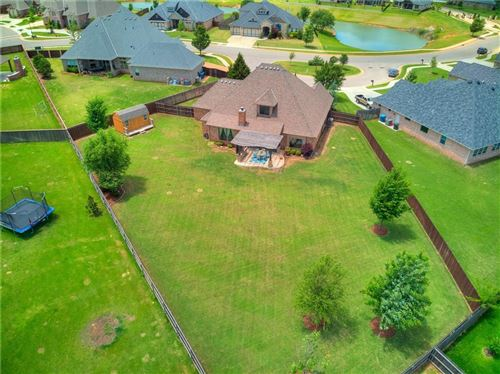 Photo of 425 Newport Bridge Drive, Edmond, OK 73034 (MLS # 912060)