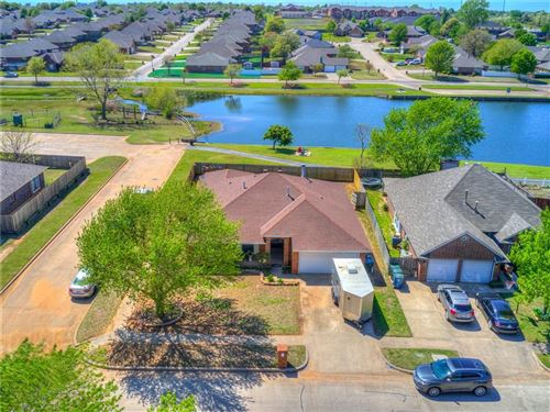 Photo of 1809 Dorchester Road, Midwest City, OK 73130 (MLS # 906084)