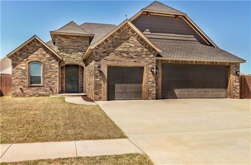 Photo of 329 SE 9th Court, Moore, OK 73160 (MLS # 957087)