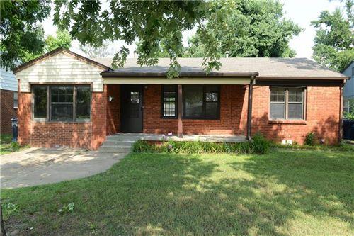 Photo of 1712 N Manor Drive, Oklahoma City, OK 73107 (MLS # 957102)